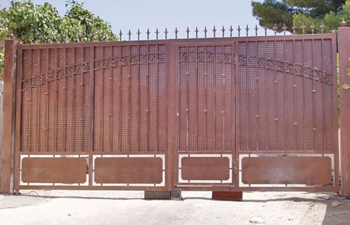 Puertas de chalets garajes o negocios carpinter a - Puertas de chalet ...